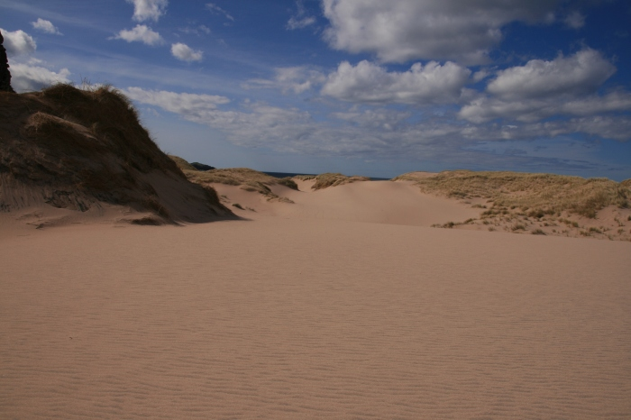 Approaching Sandwood Bay, sand dunes